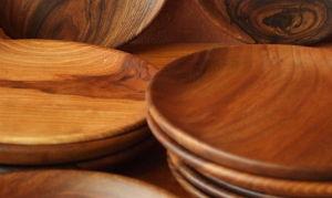 Assiettes plates en bois