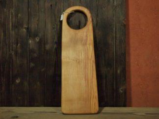 Une planche à découper en bois de frêne, pour vous découpes de légumes ou pourquoi pas? Pour la baguette du matin